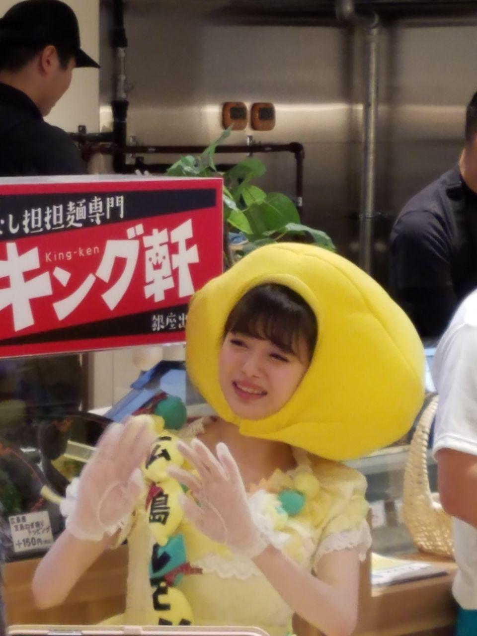 【画像】市川美織が銀座でレモン配ってるwwwwwwwwww