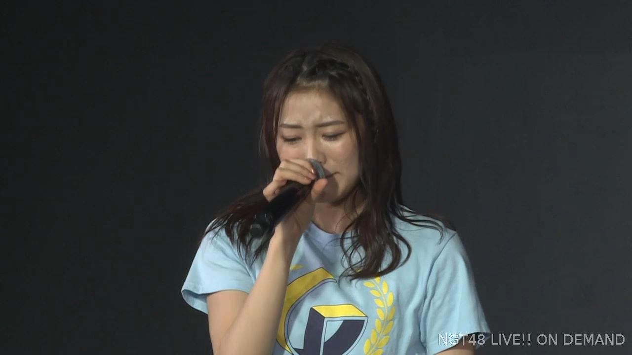 【朗報】山口真帆さん、長谷川玲奈の事務所移籍を秋元康氏に直訴していた