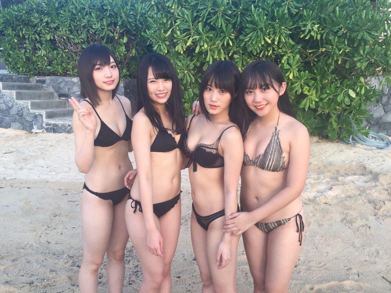 【朗報】NMB48メンバーが裸みたいな水着着てる!