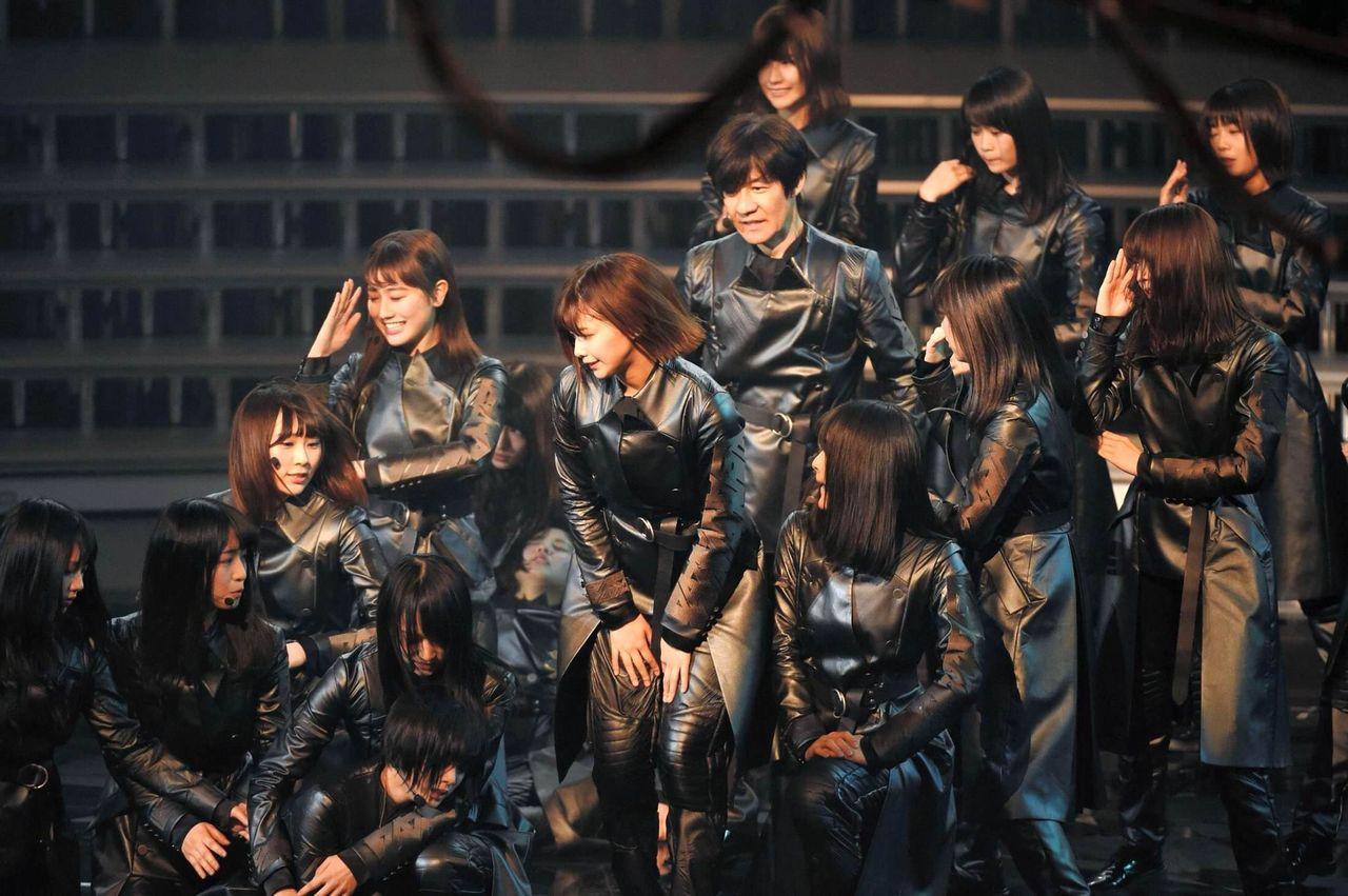 【紅白歌合戦】欅坂46の4,5人倒れる演出が話題に