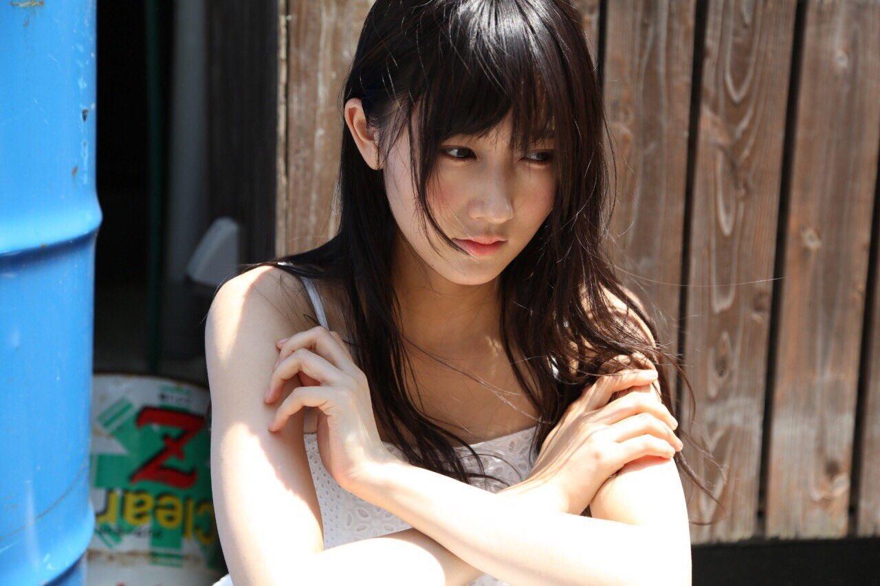 【BOMB】NMB48東由紀初カメラマンのオフショットキタ――(゚∀゚)――!!【モデル:矢倉風子、演出:三田麻央】