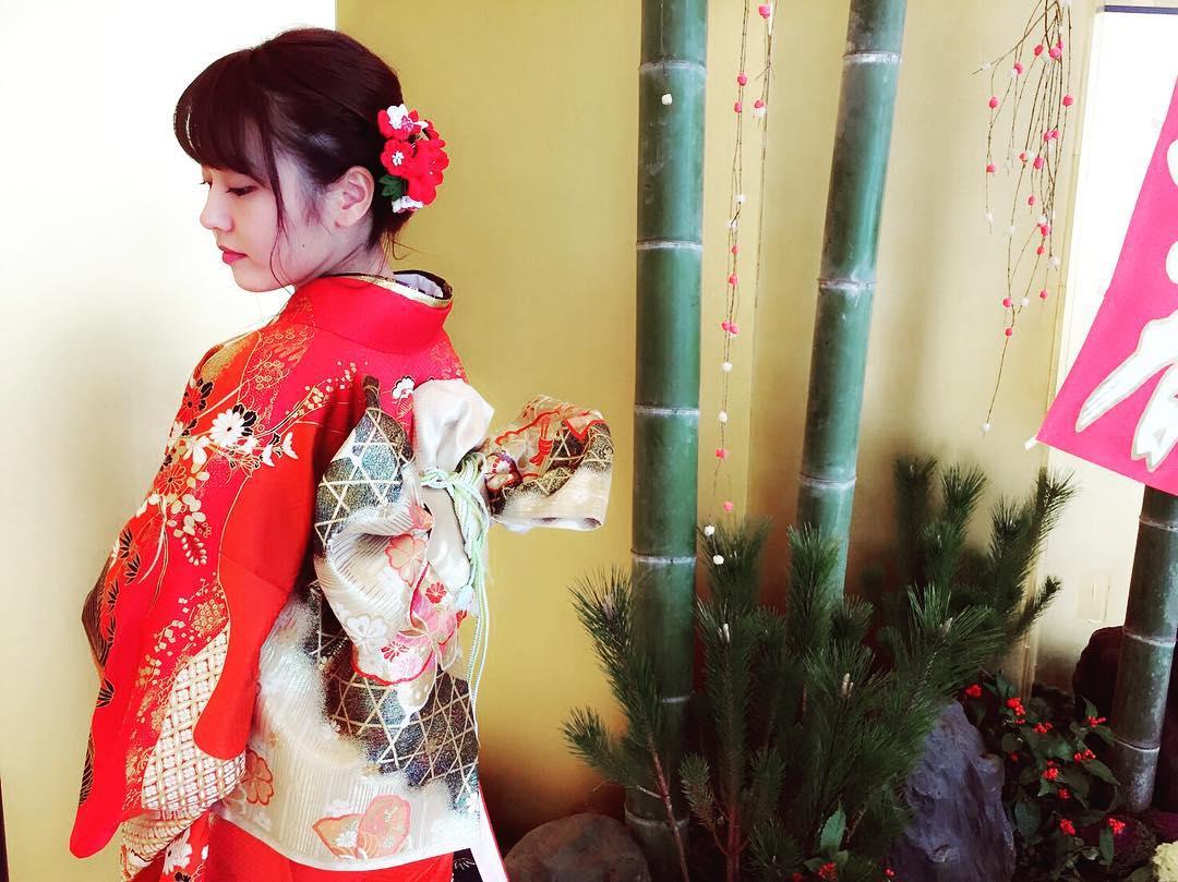 NMB48卒業生・門脇佳奈子、人生の三大行事の1つ目を終える…