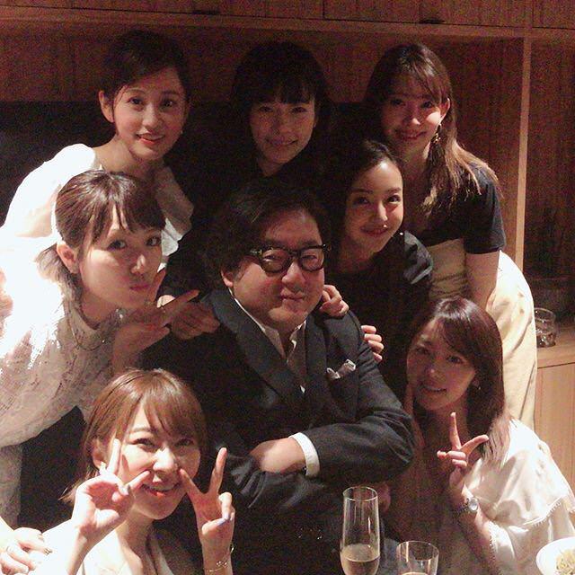【画像】秋元康の還暦お祝いパーティーに出席した現役メンバー&OGがこちら!!!