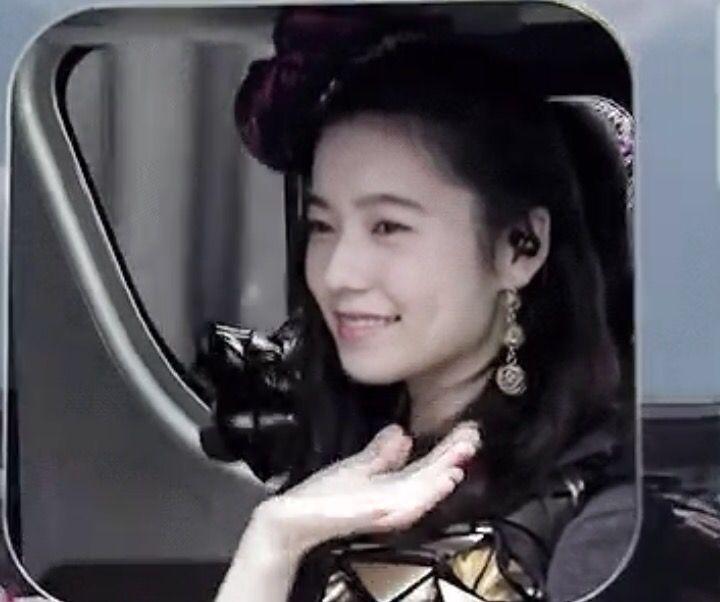 【AKB48】島崎遥香△「わたくしがセンターで輝いているのならば、それは後輩のがんばりの賜物でございます」
