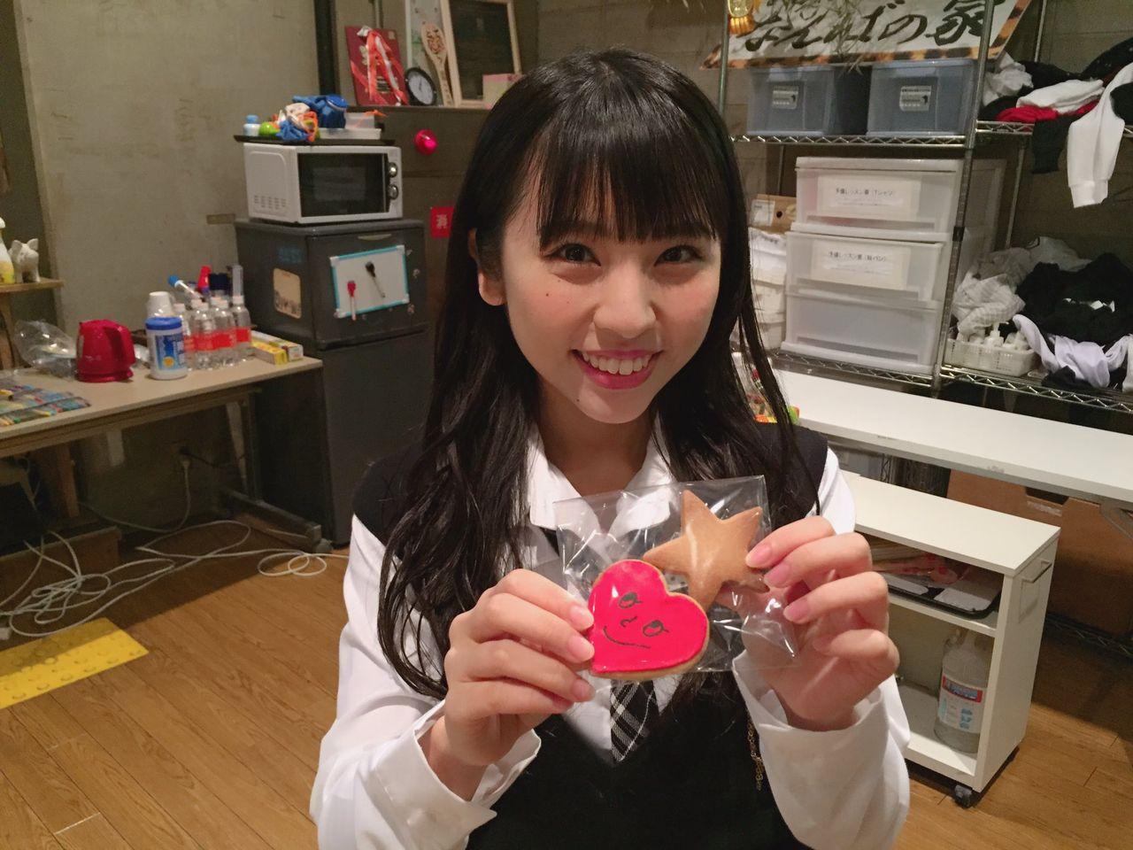 【悲報】NMB48 山尾梨奈の恐竜クッキーが恐竜じゃなくなる