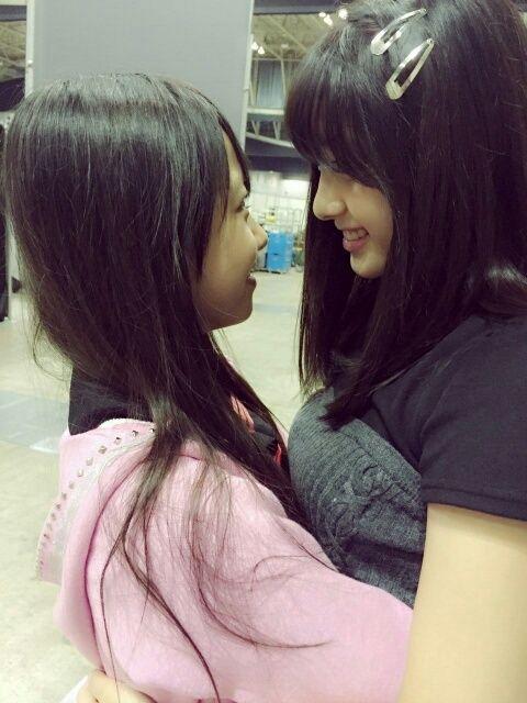 【悲報】AKB48大和田南那が本郷柚巴と獣の2ショットを暴露wwwwwwwwww