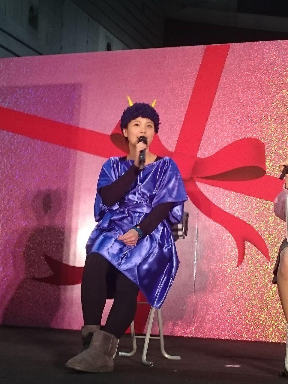 【悲報】バレンタインムードのAKB48大握手会に青鬼