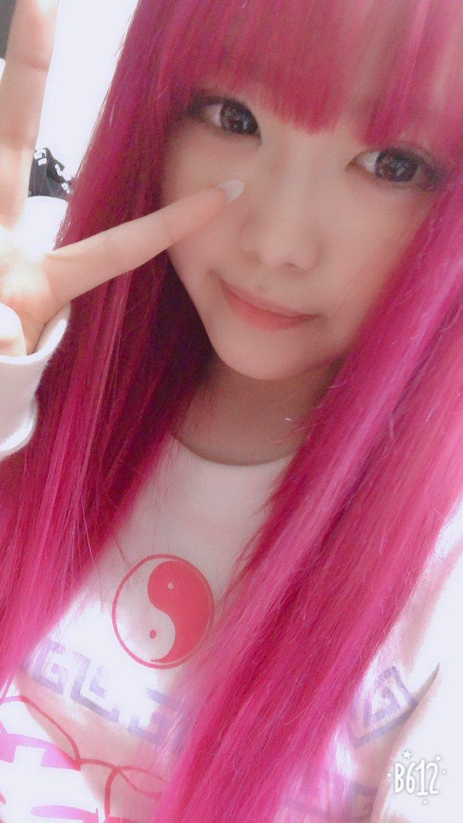 SKE 白雪希明「みんなごめん」→ピンクの髪色で話題沸騰wwww