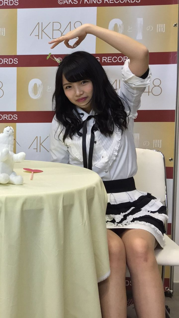 【AKB4大写真会】植村梓、武井紗良草生やし双子コーデが可愛い【画像】