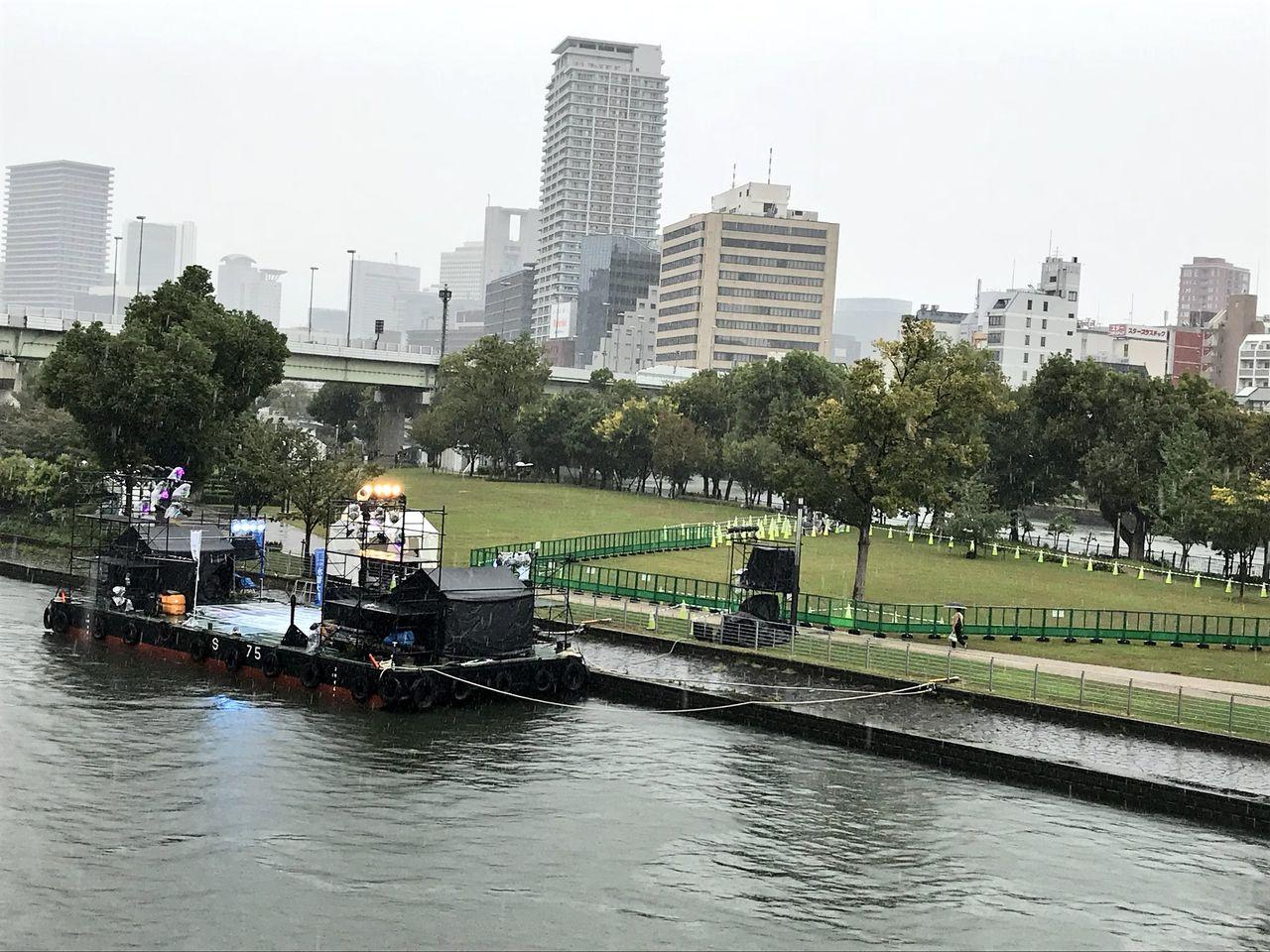 STU48 水都大阪フェス現地の様子。初めて水上ライブを敢行