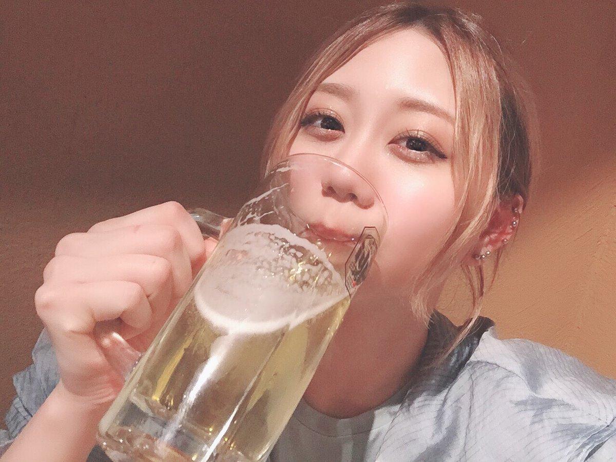 SKE48 古畑奈和さん、「今日も朝から1日飲む幸せ」