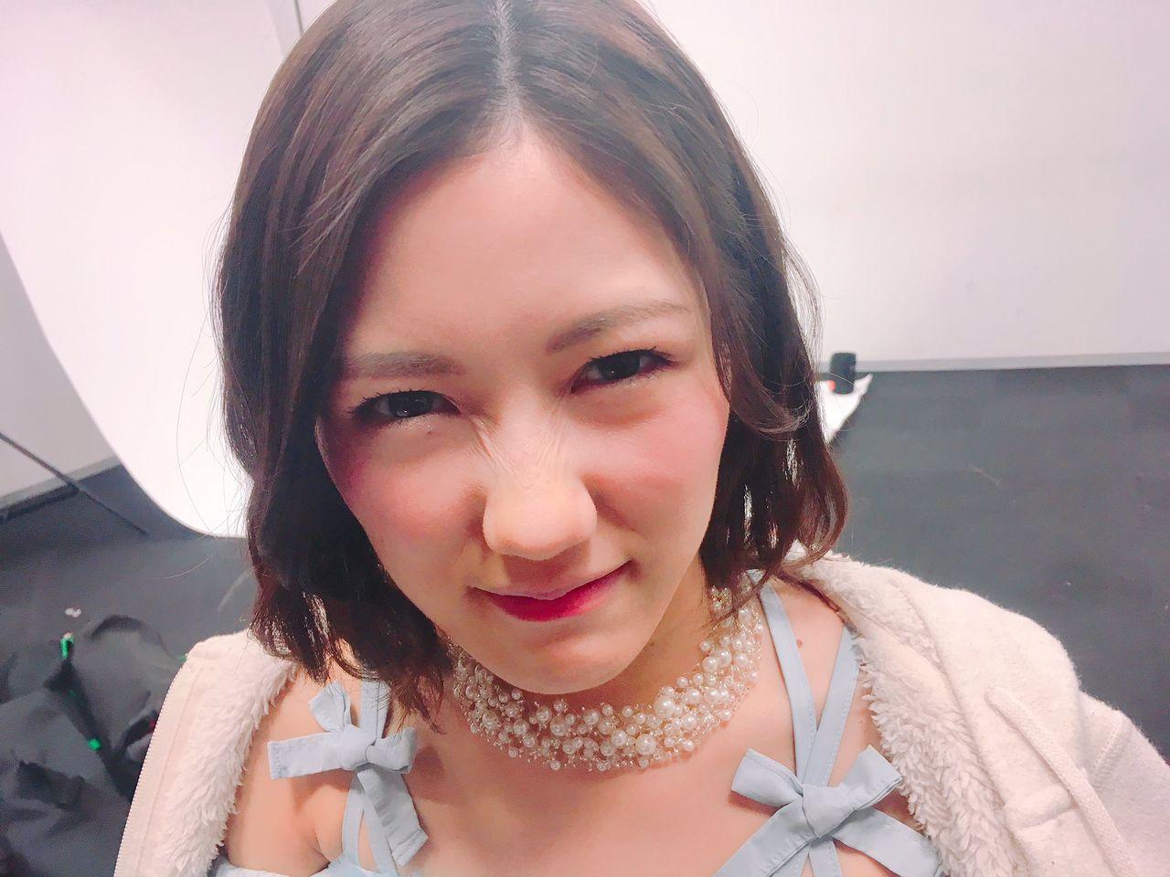 【朗報】渡辺まゆゆ先輩(神)がAKB48衣装図鑑に推薦した研究生のモチベーションが爆上げ注意報!!!【渡辺麻友・本郷柚巴】