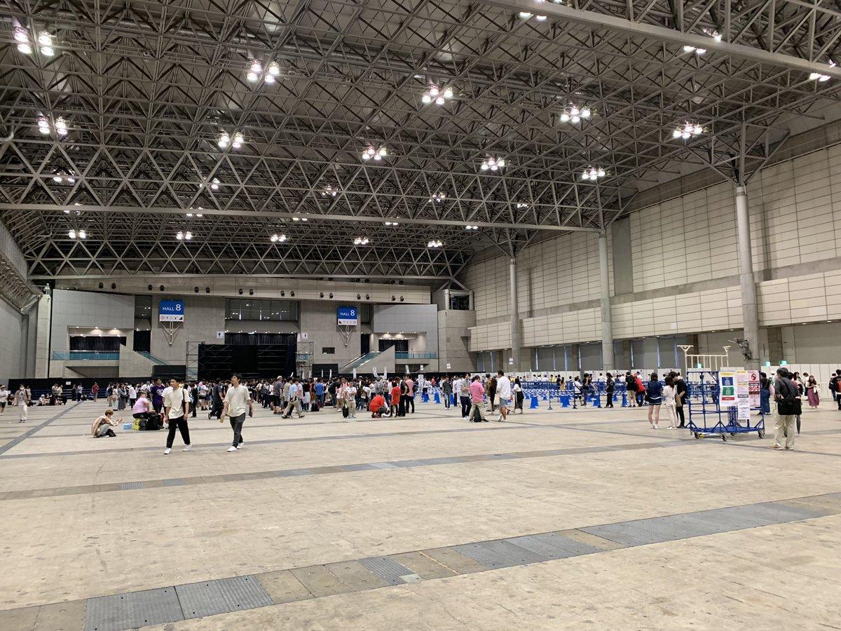 【悲報】NMB48の全国握手会の様子が・・・