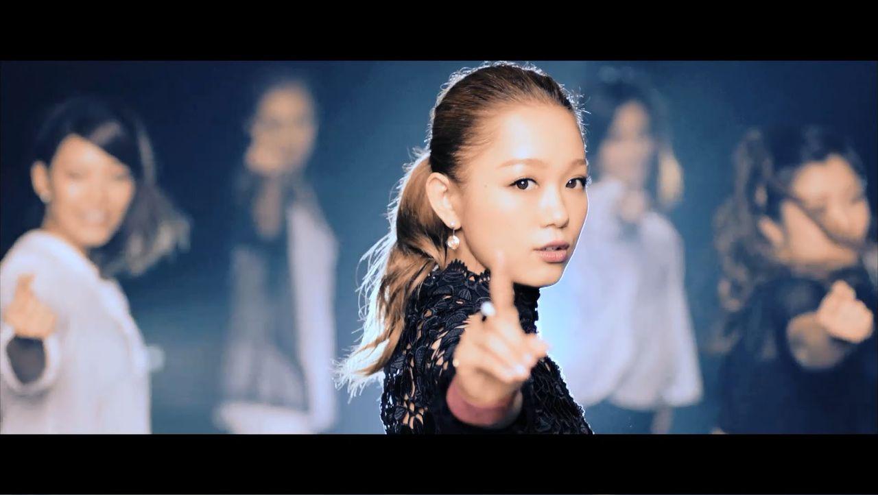 宇多田ヒカル(16)「最後のキスはタバコのflavor…」 西野カナ(30)「