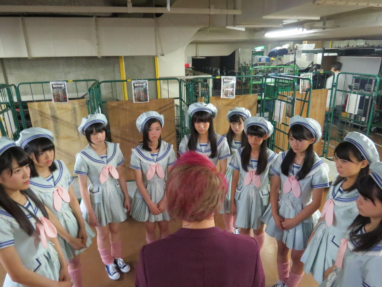 【渡辺美優紀卒業コンサート】AKIRAと5期生の集合写真キタ━━━━(゚∀゚)━━━━!!