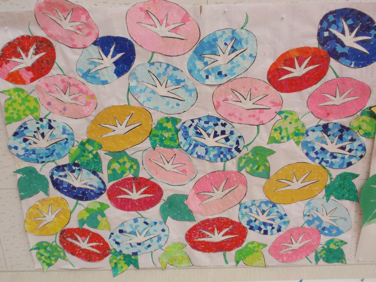 すべての折り紙 折り紙で星 : 様々な色の朝顔がとてもきれい ...