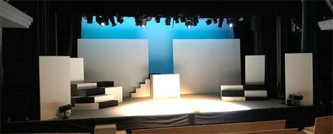 舞台階段1