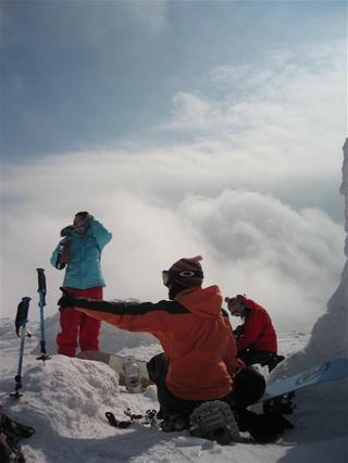 チセ山頂にて