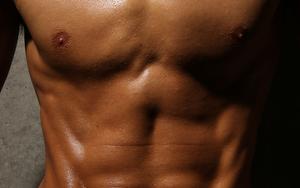 筋トレ中は汗をかいた方がダイエット効果があるのか
