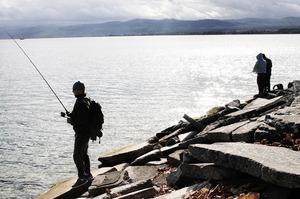 fishing-2878126_1280-1