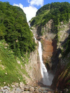 富山_称名滝タテ_w360