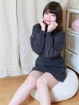 girl_6082616af01dc8.49349106_240x320