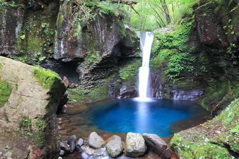 美麗なる神秘の滝・おしらじの滝!