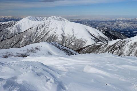 厳冬の那須を登る(大丸~三本槍岳~北温泉)