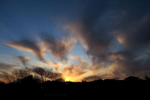 出遅れた夕焼け散歩(12月15日)