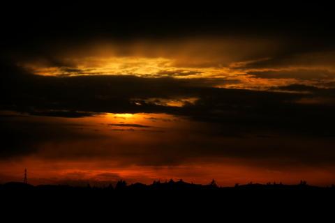 夕日の見える丘!(劇的な夕焼けをもう一度!)