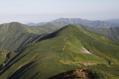 朝日連峰!(悪天候なれど、身も心も幸せいっぱいの山旅・その1)