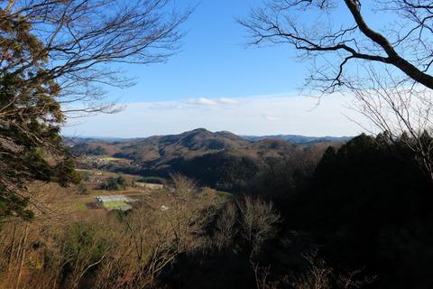 鎌倉山(栃木百名山中、一番低い山:でもとっても楽しい山!)