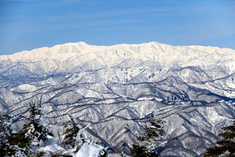 素晴らしい眺望に酔いしれた冬の峰(西吾妻山)