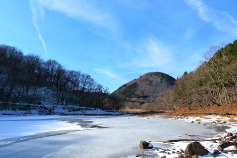 初冬の陽だまりの森!(高原山山塊:大沼・ヨシ沼園地)