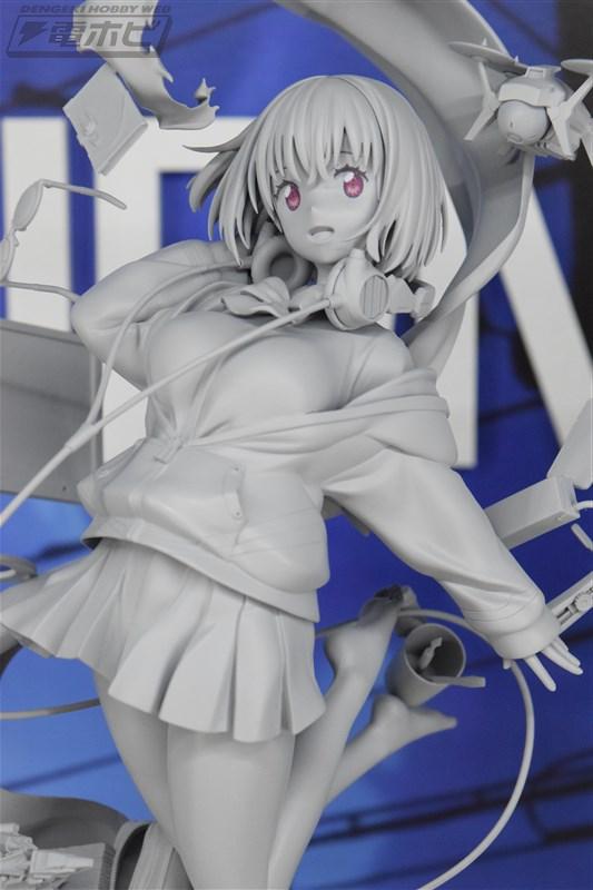 グリッドマン エロ パンツ 宝多六花 フィギュア (8)
