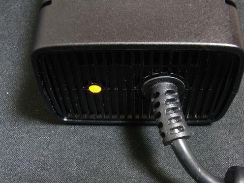 Xbox 360 ACアダプタ