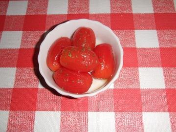 ミニトマトのオリーブ漬け