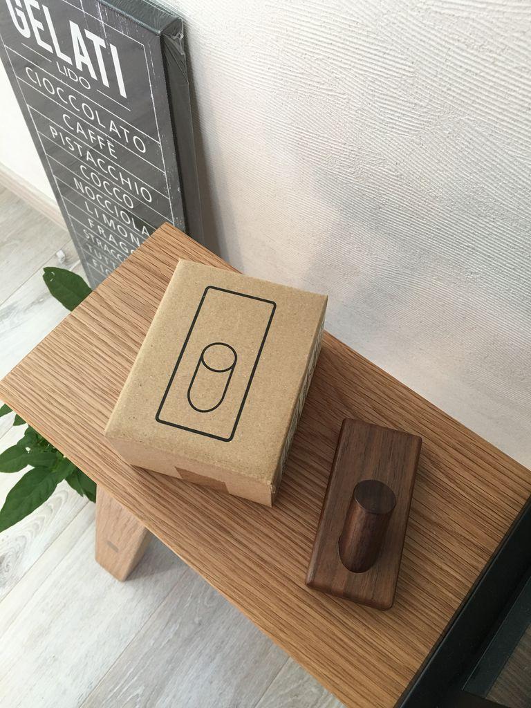 【値下げ】無印良品 壁につけられる家具 ミラーボックス【フック オーク材付き