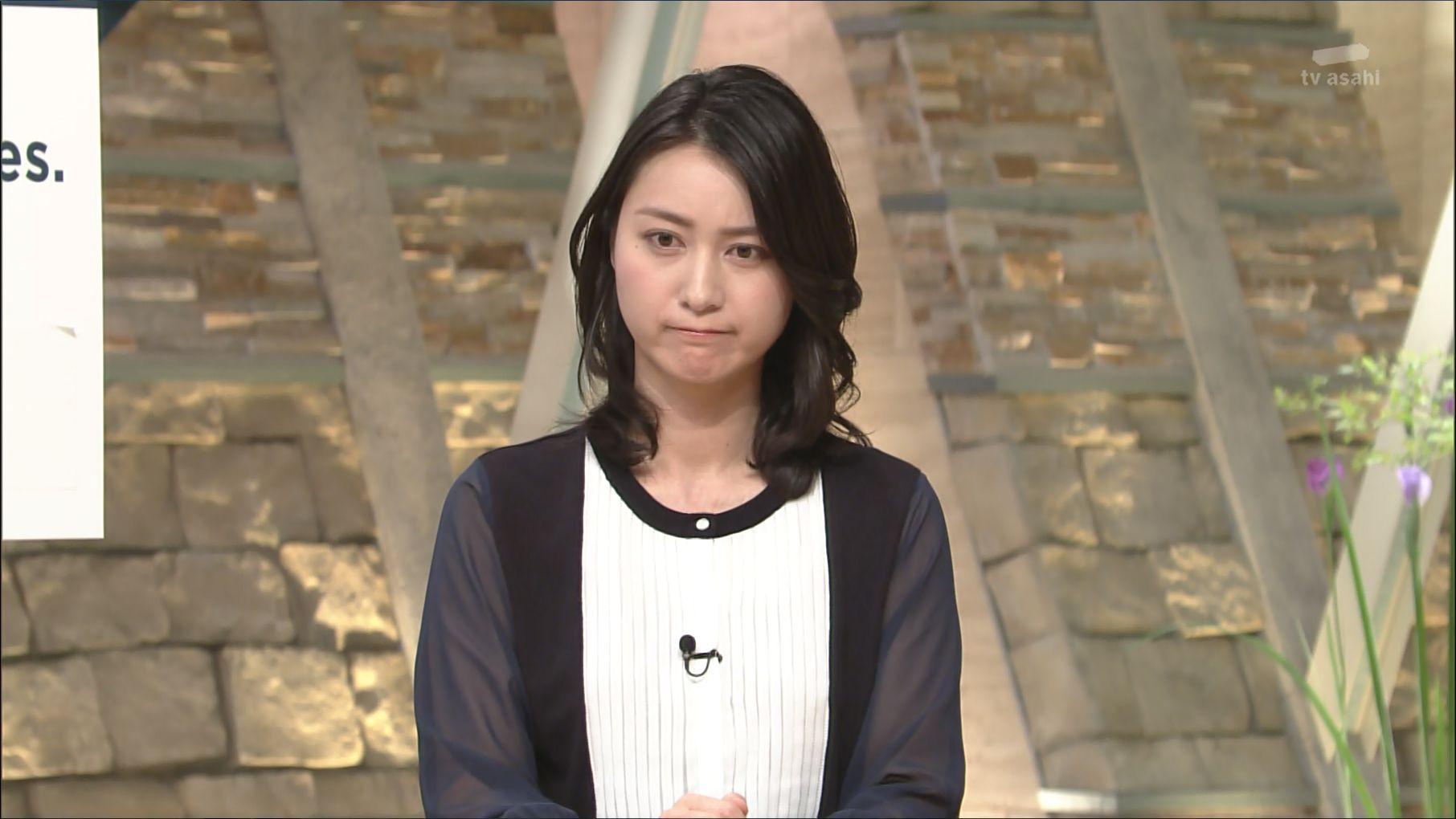 思わず難しい表情を浮かべる小川彩佳
