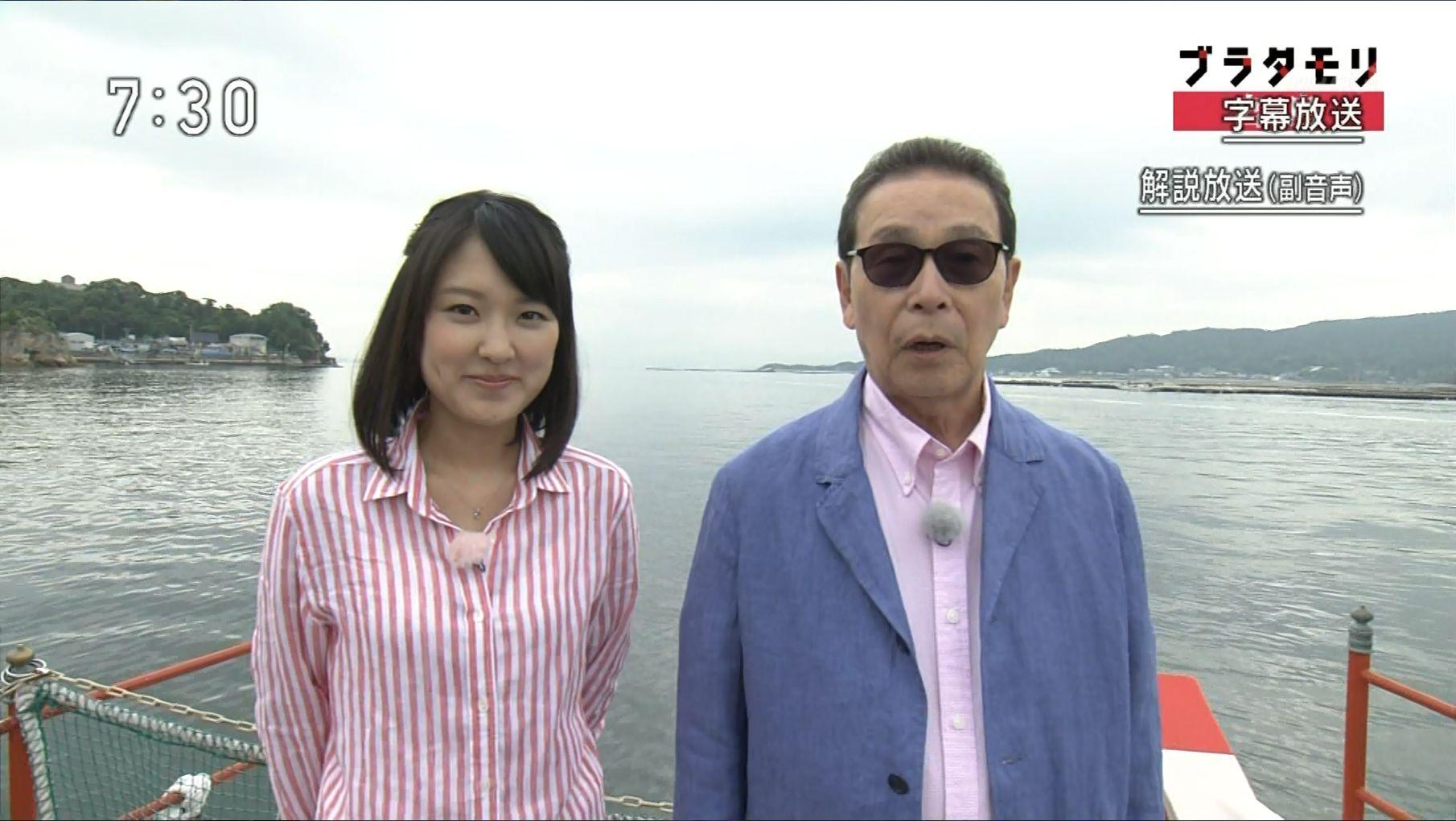 近江友里恵アナウンサーのピンクストライプ