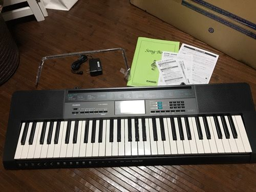 買っちゃいました!『カシオ電子キーボード CTK-2550』【開封と本体仕様を紹介】