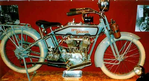 Harley-Davidson_1000_cc_HT_1916