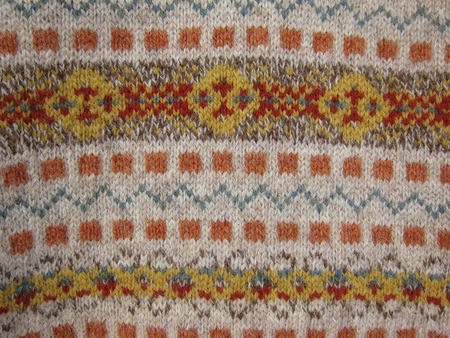 PRINCE OF WALES TYPE FAIR ISLE V NECK
