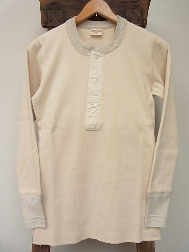 30's Style L/S Henley Neck Shirt