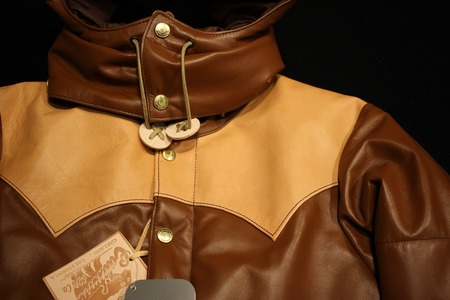 ALL LEATHER PRIMALOFT HOODED JKT