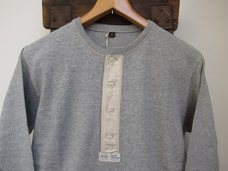 HENLEY NECK LONG SLEEVE SHIRT