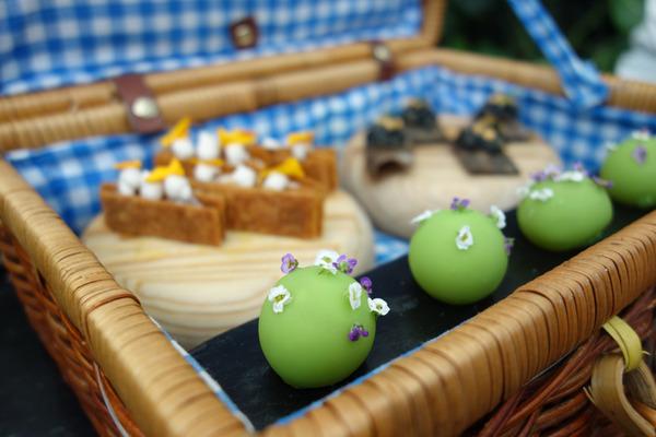 Azurmendi_picnic