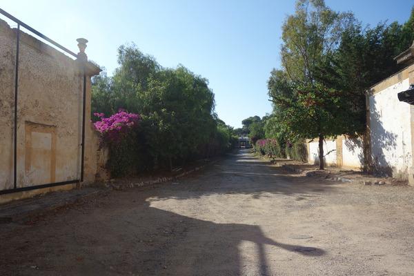 villavalguarnera_entrance02