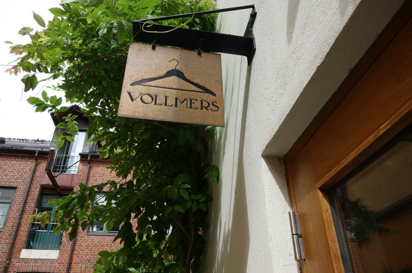 vollmers_entrance2