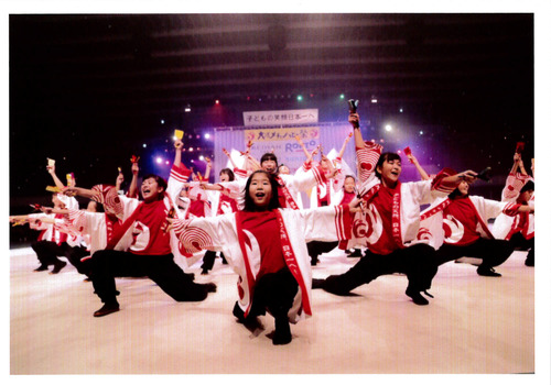 061 メチャハピー踊り子隊